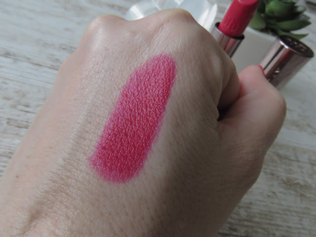 SAVEONBEAUTY_URBAN_DECAY_vice_ruz_psycho_swatch
