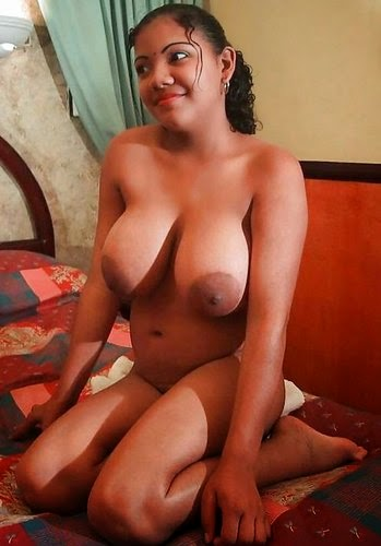 25 Indian Gujarati Desi Bhabhi Nude Photos Naked Sexy -6965