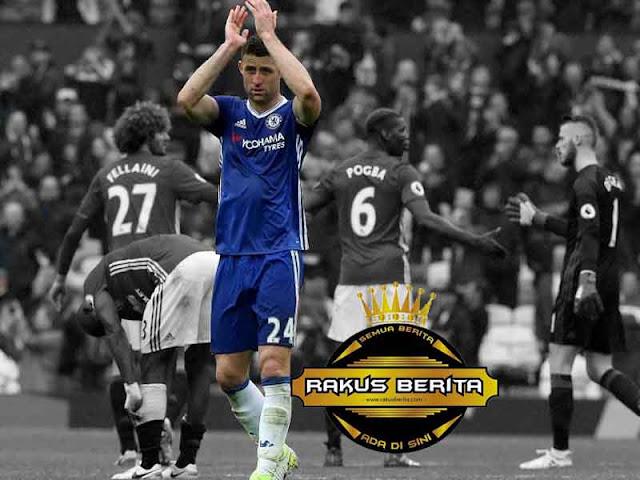 Gary Cahill Menyesal Chelsea Dikalahkan MU