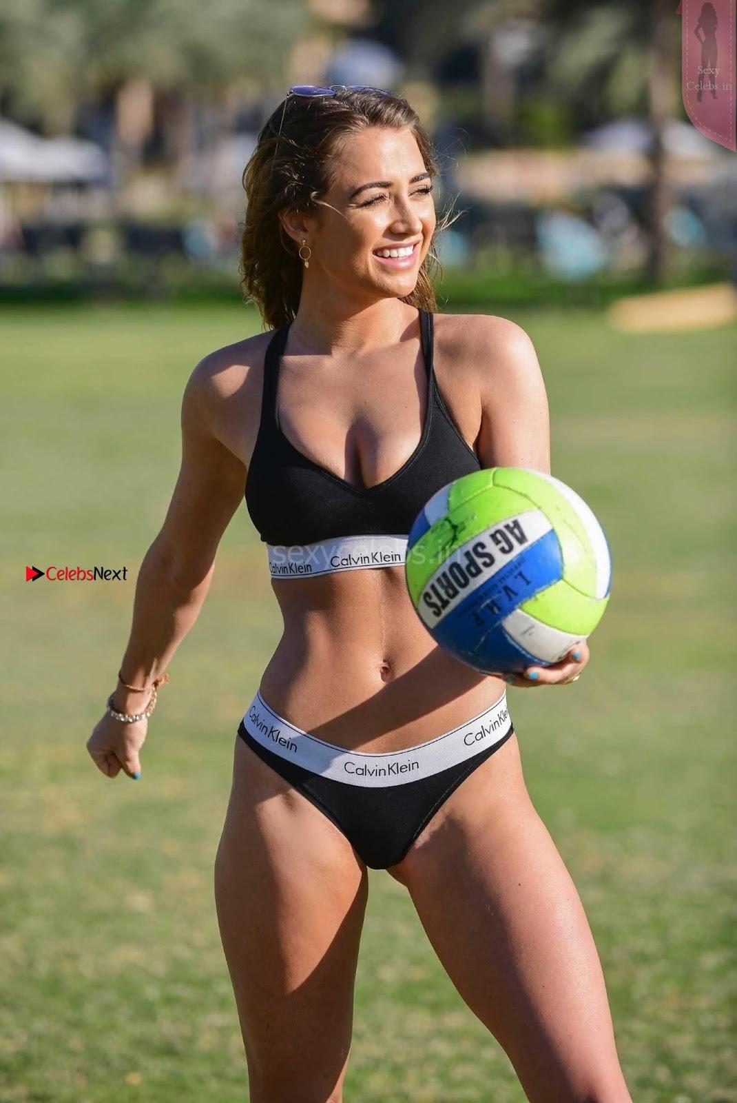 Georgia Harrison Gorgeous babe in Bikin in Dubai WOW Sexy Ass Cleavages Boobs