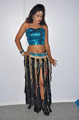 dancer nisha new sizzling pics-thumbnail-4