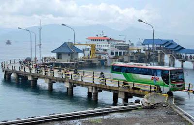 Pelabuhan penyeberangan Ketapang Banyuwangi