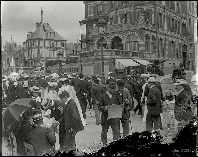 Trouville, la rue de Paris circa 1900