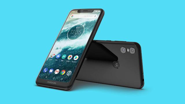 مزايا وعيوب هاتف Motorola One بالصور والفيديو