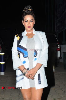 Actress Mumaith Khan Stills at 9th Edition Epicurus Indian Hospitality Awards 0002