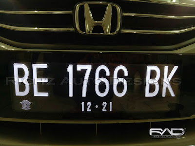 plat nomor mobil