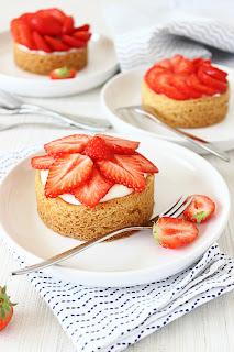 Aardbeien-citroen taartjes