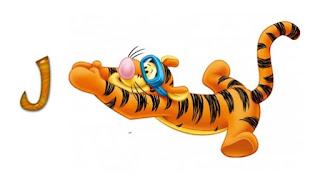 Abecedario de Tiger de Winnie the Pooh Buceando.