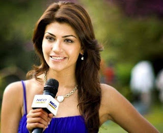 Indian cute in TV News Reporter pic, Indian tv news goddess pics