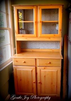 Gentle Joy Homemaker Dress Up A Plain Cabinet