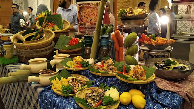 BUFFET RAMADHAN 'JOM MAKAN' DI DOUBLE TREE BY HILTON