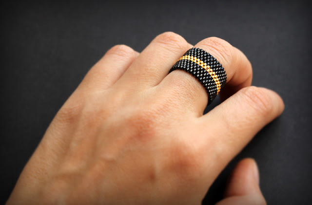 куплю готового изделия из бисера купить женские кольца ручной работы цена