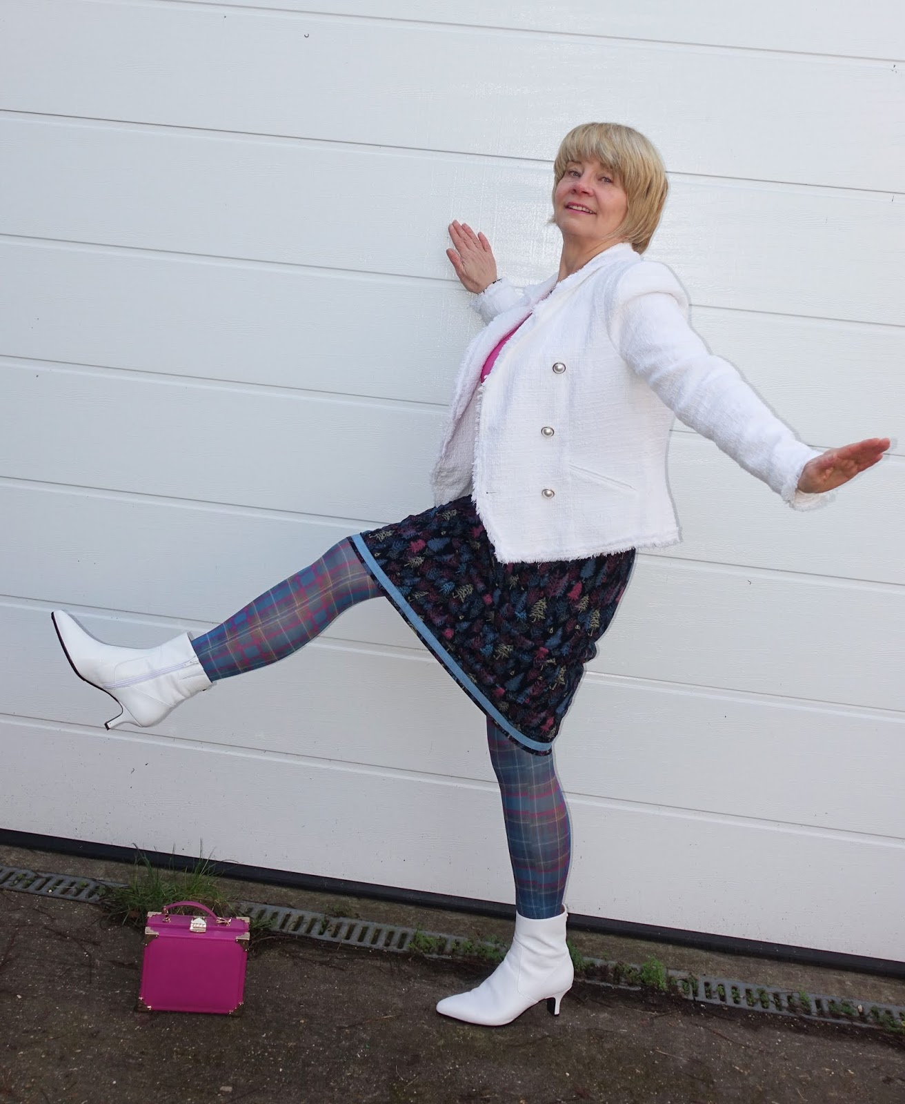 Pattern mixing with plaid or tartan tights and a print skirt: Is This Mutton?