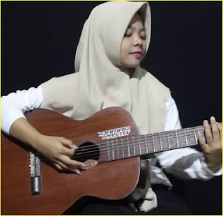Lagu Keajaiban Semesta Mp3 Cover By Fera Cholatos Terbaru