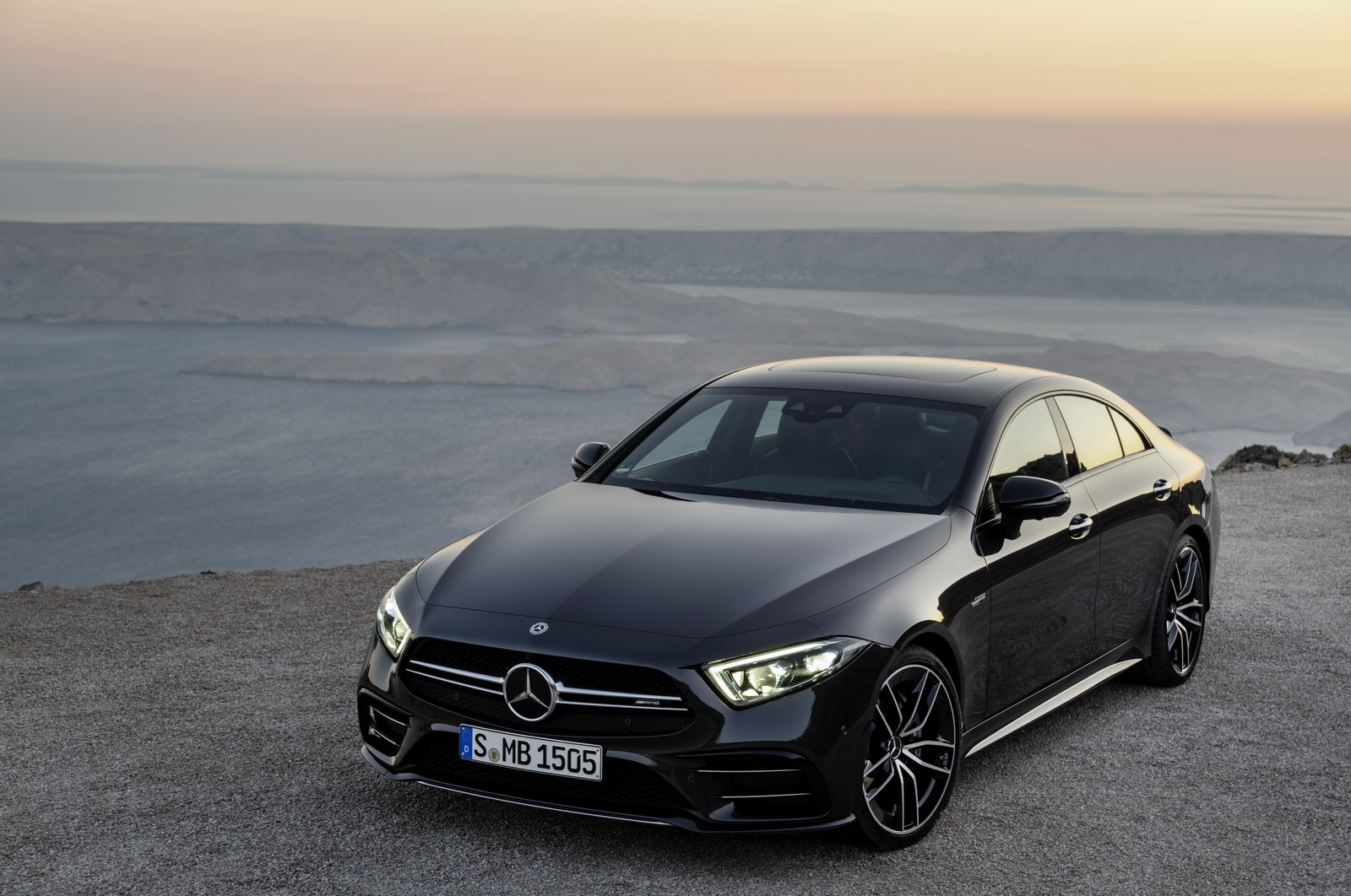 2018 - [Mercedes] CLS III  - Page 6 MERCEDES-AMG-CLS53-17
