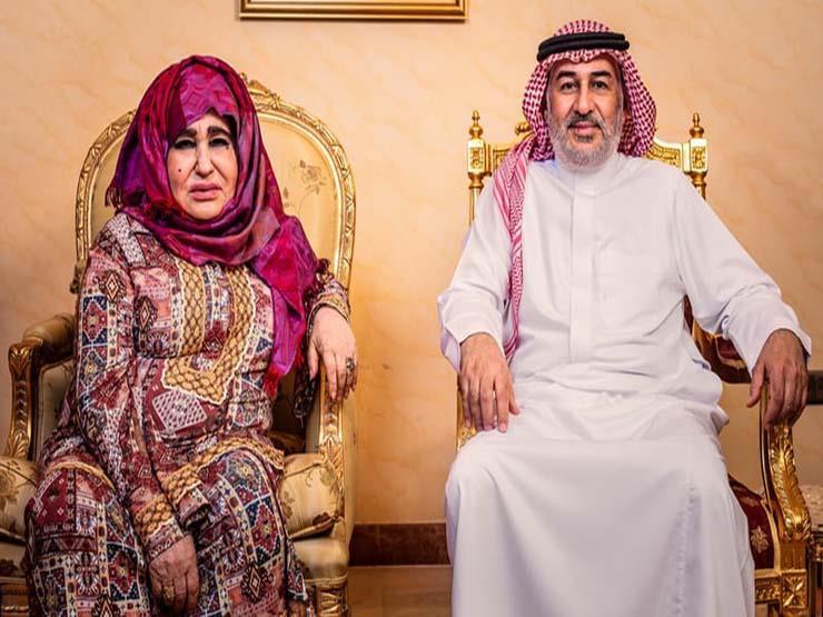 لأول مرة والدة بن لادن تتحدث التقى بعض الأشخاص الذين غسلوا دماغه
