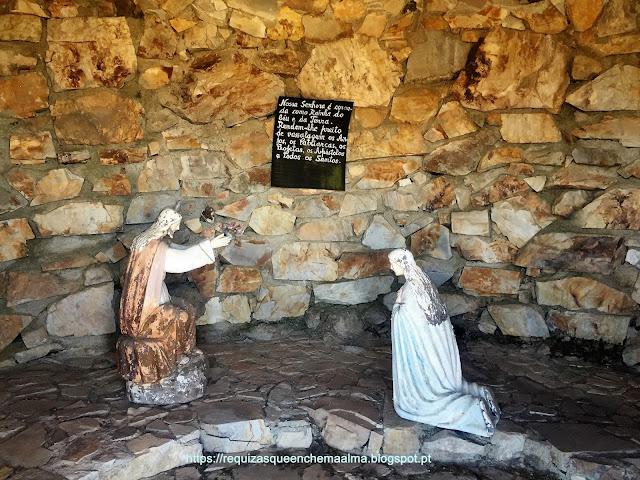 Monumento alusivo aos Mistérios do Rosário Serra da Marofa