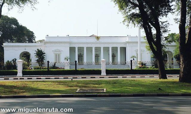 Palacio-Merdeka-Yakarta