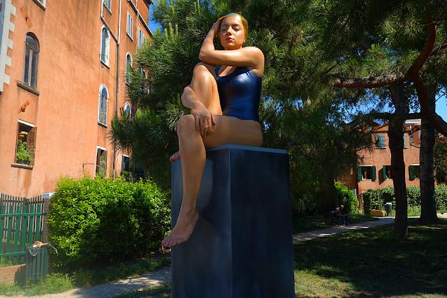 Staňte se živým exponátem na benátském Biennale!