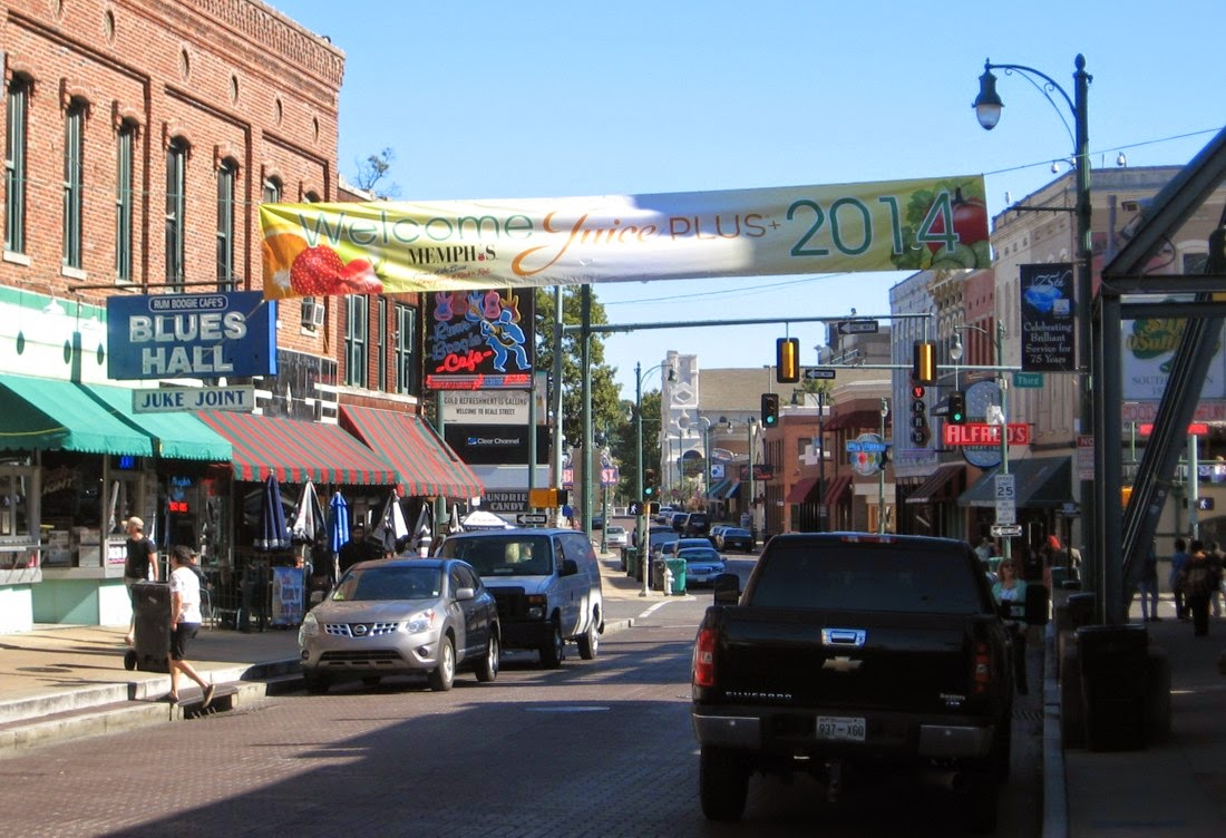 road trips memphis tennessee beale street. Black Bedroom Furniture Sets. Home Design Ideas