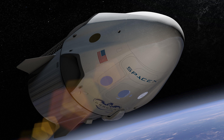 Астронавты NASA будут летать на МКС на Dragon вместо кораблей РФ