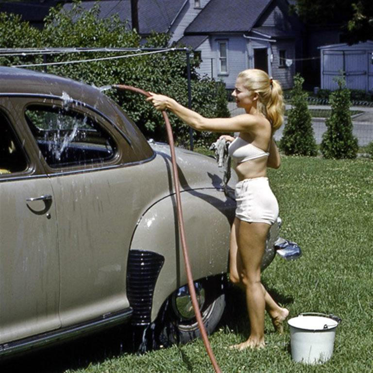 Naked Women Washing Cars 115