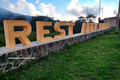 Foto Sign board rest area Kledung di Temanggung.