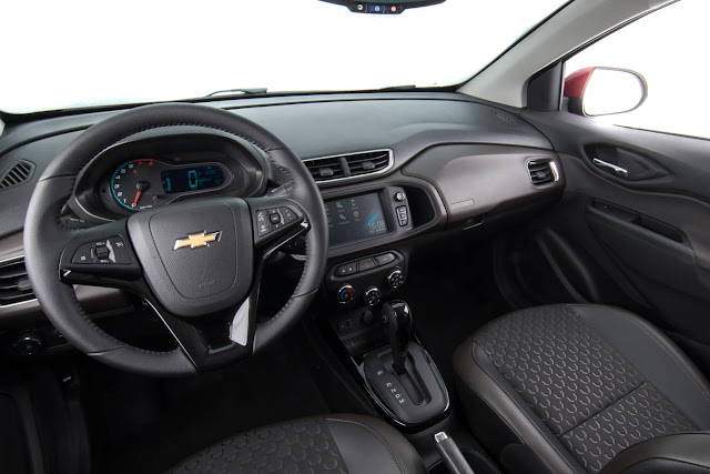 Novo Chevrolet Prisma 2017 - interior - painel