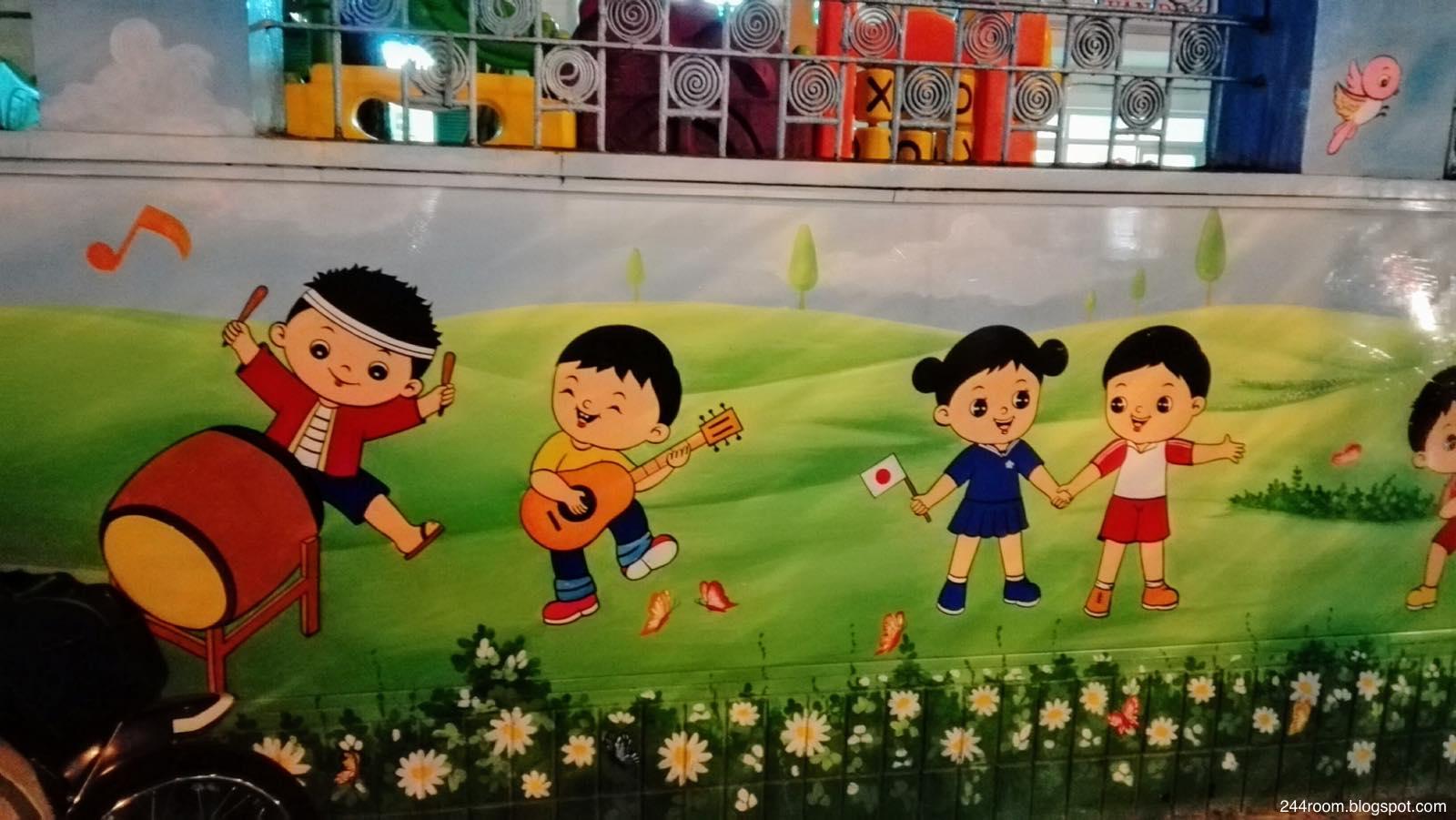 ハノイの日本風壁画 Hanoi-mural-painting