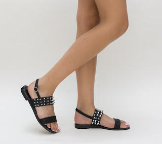 sandale de vara fara toc negre cu insertii metalice aurii