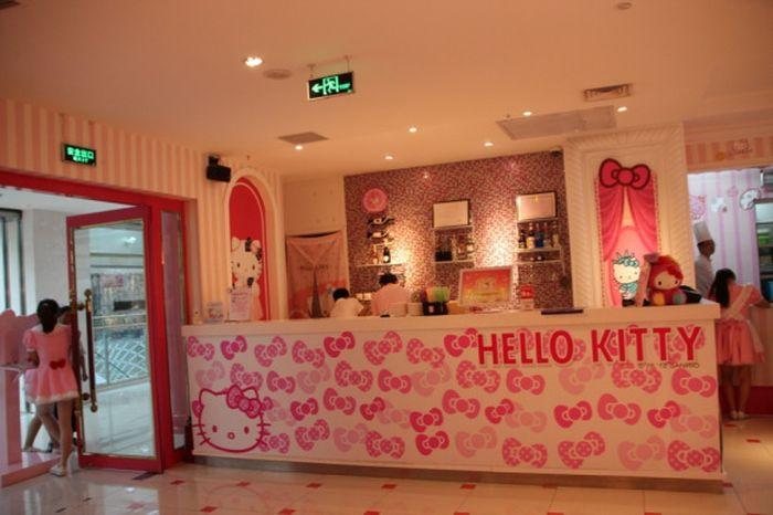 Hello Kitty Restaurant In Beijing Damn Cool Pictures