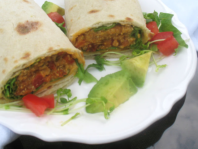 chickpea, quinoa wraps with avocado