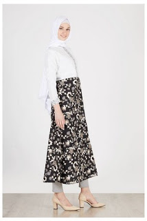 Dress muslim batik fashionable motif terbaru