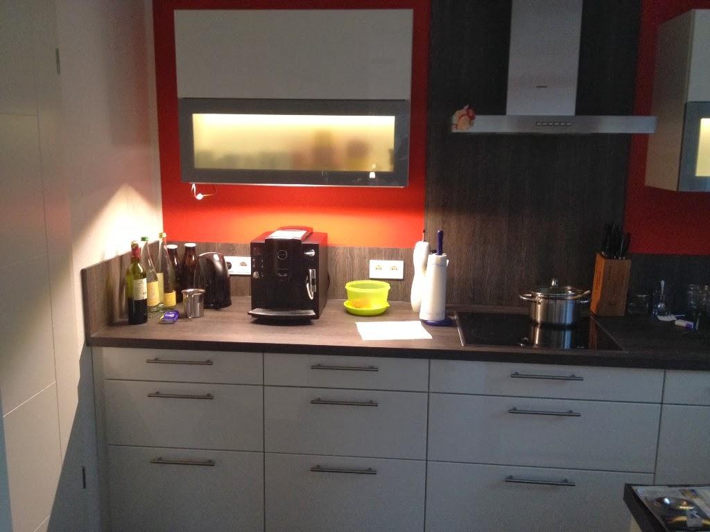 hum 39 s baublog indirekte led beleuchtung der k che mit loxone. Black Bedroom Furniture Sets. Home Design Ideas