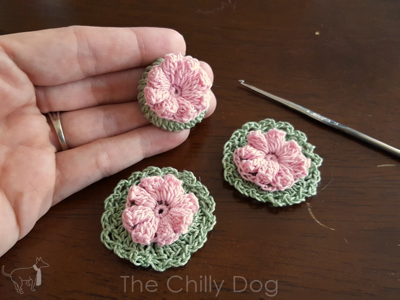 Crochet Pattern Flower Buttons The Chilly Dog