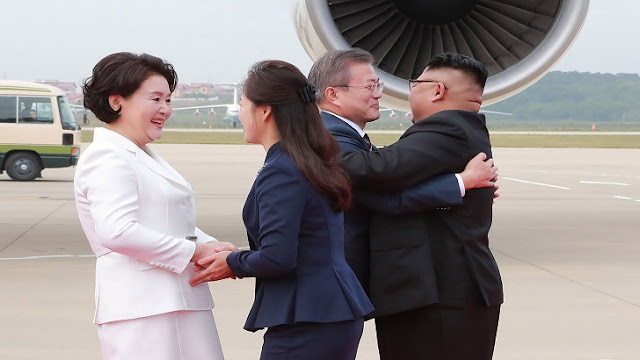 South Korean President Moon Zay-In in North Korea