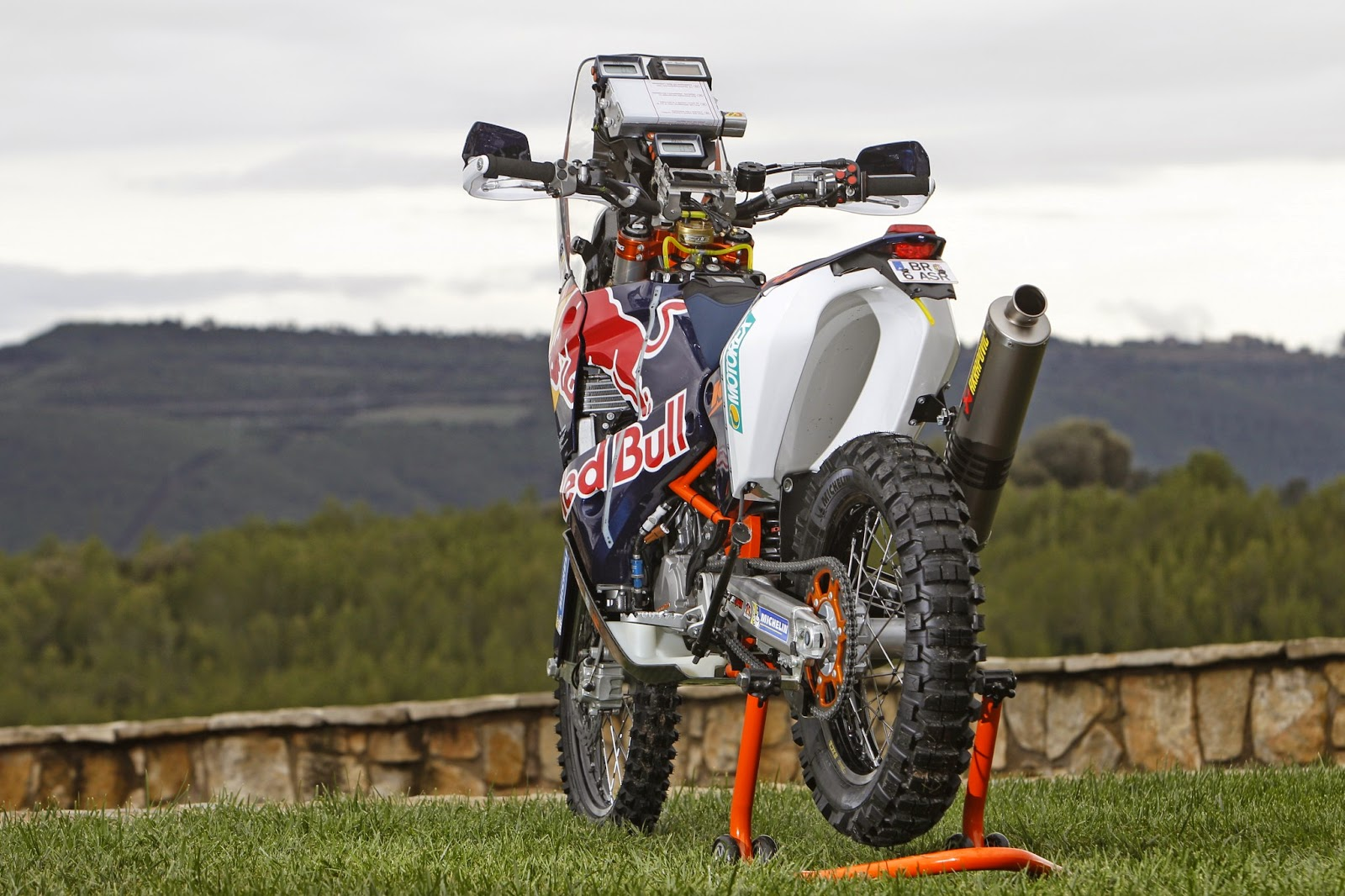 racing caf ktm rally 450 red bull ktm rally factory team 2015. Black Bedroom Furniture Sets. Home Design Ideas