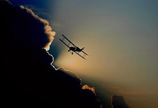 aircraft-1813731__340.jpg