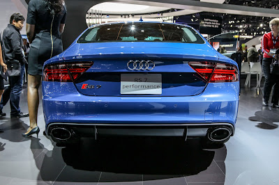 Audi RS7 Performance rear view wallpaper