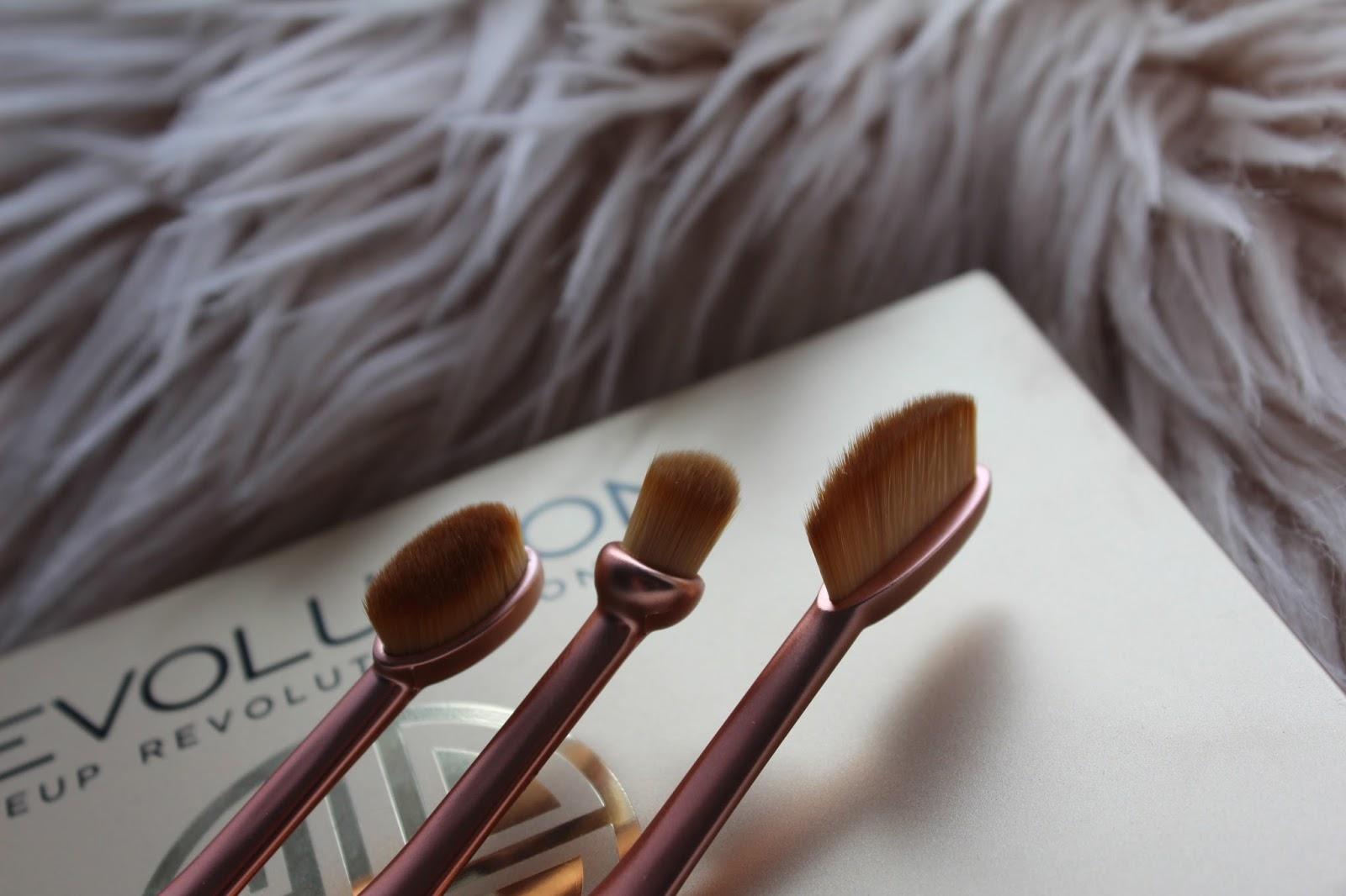 revolution_london_makeup_brushes