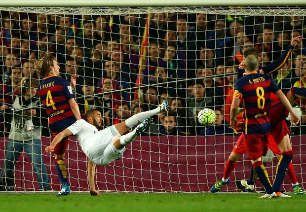 Barcelona 1-2 Real Madrid: Ronaldo strike gives 10-man visitors victory