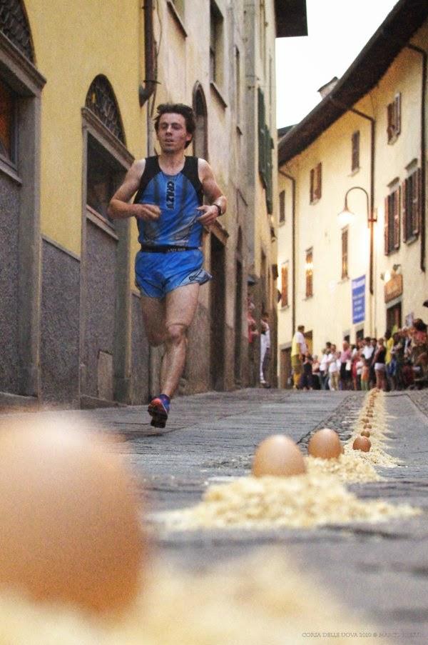 corsa-uova-gandino-raccoglitore