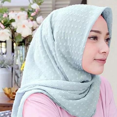 Ragam Bahan Hijab Segi Empat Terbaru Yang Diminati Hijabers Softrickinfo