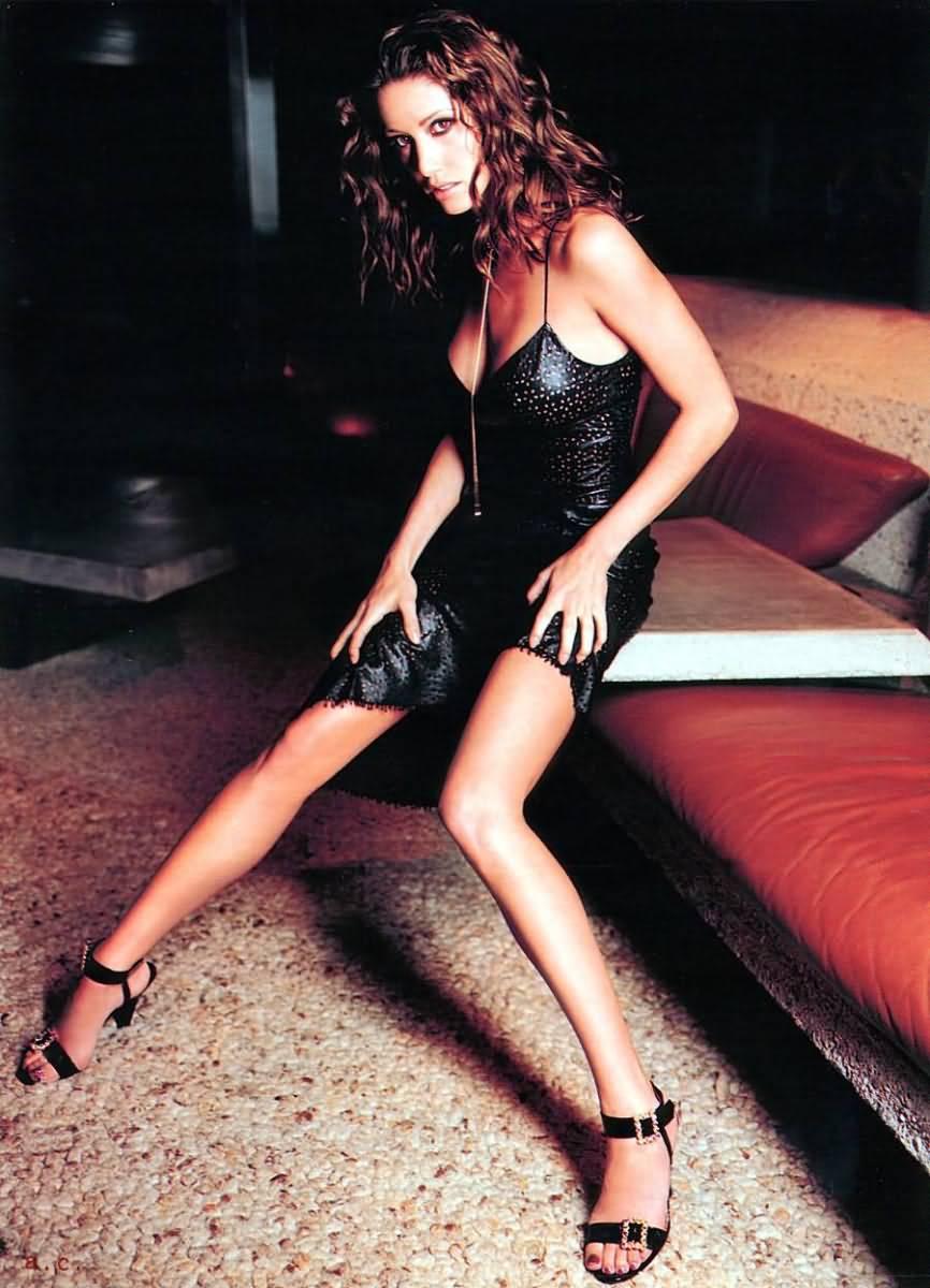 Hot Celebrity Pics: Shannon Elizabeth Hot Pics