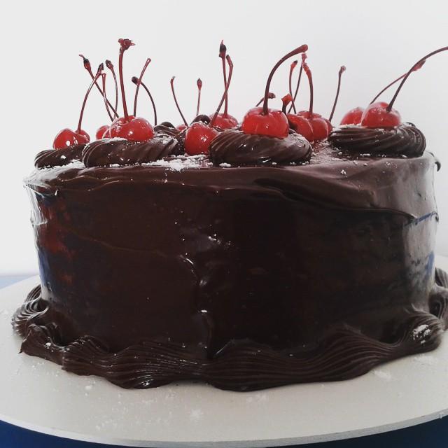 encomendas de bolo trufado de cerejas