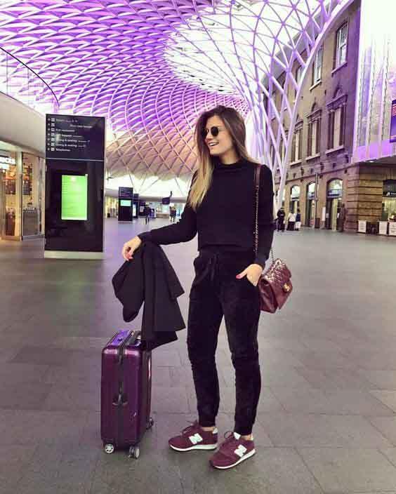 aerolook calça preta, blusa preta e tênis