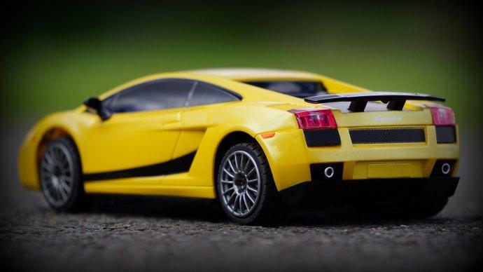 Wallpaper 2: Lamborghini Toy Car
