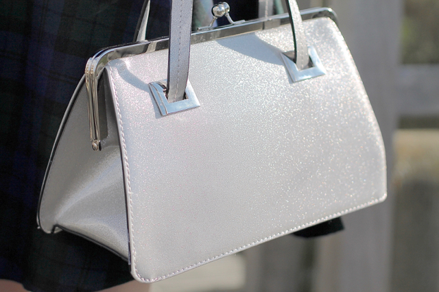 Hell Bunny Tippi frame bag in silver