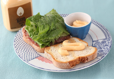 Allergy-friendly sabdwich made with Hampton Creek's Sriracha Just Mayo, Yummy!
