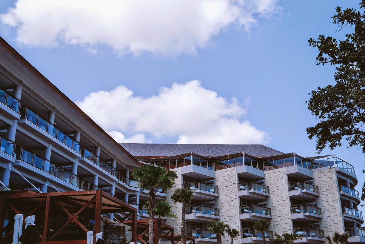 Double six luxury hotel seminyak hotel review for Best hotels in seminyak